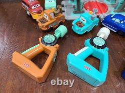 Fisher Price GeoTrax Disney Cars Lot with Flo's V8 Cafe All Working